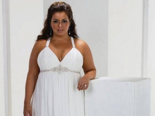 I ve svatebních šatech XXL budete krásná nevěsta  dfeaaf942e